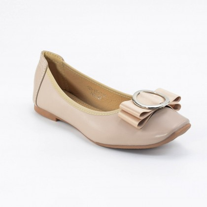 Beatrice Flats in Beige
