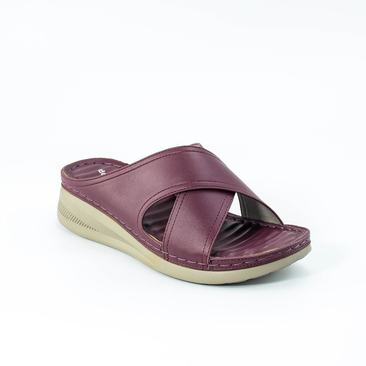 Daphne Cross Wedges in Maroon