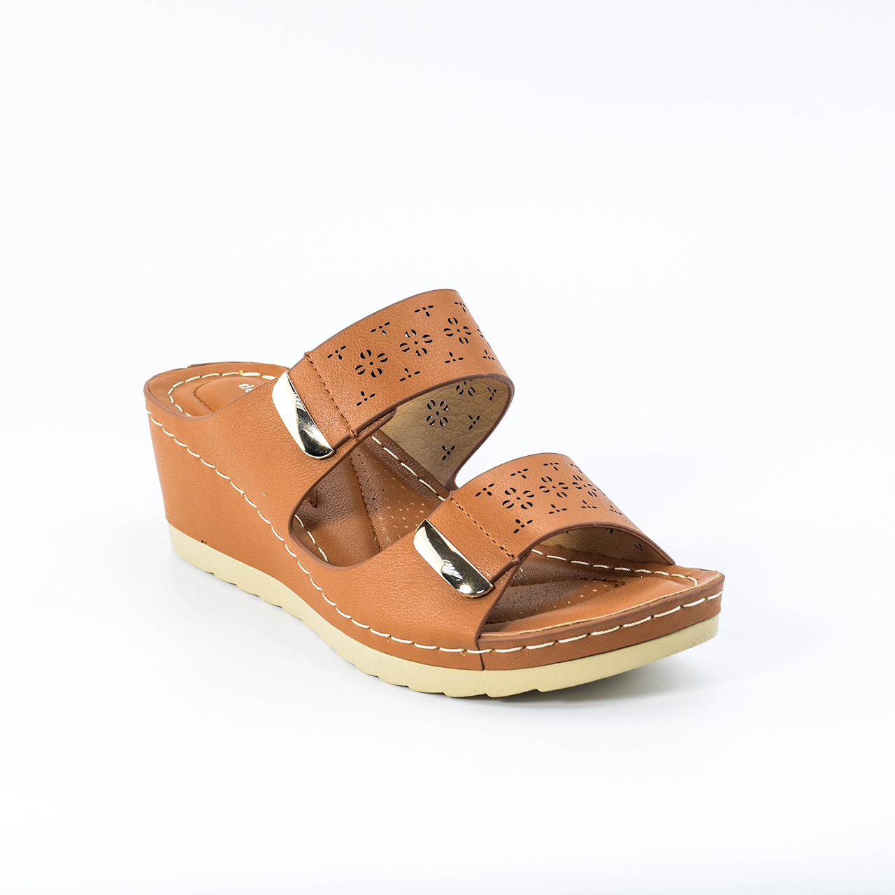 Keyla Wedges in Camel