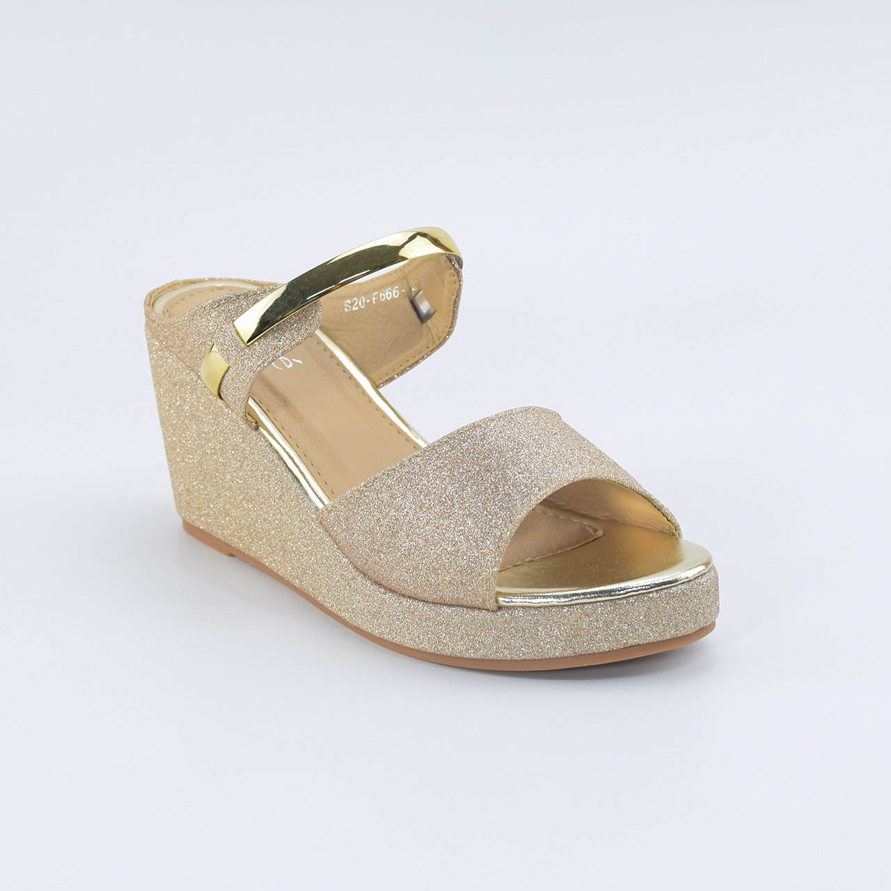 Maeve Wedges in Gold