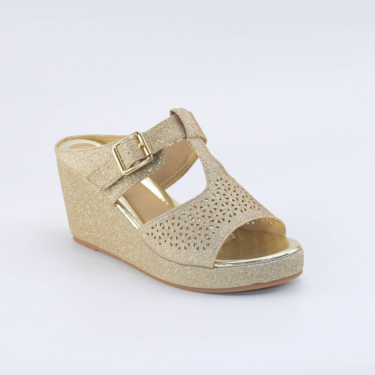 Danna Wedges in Gold